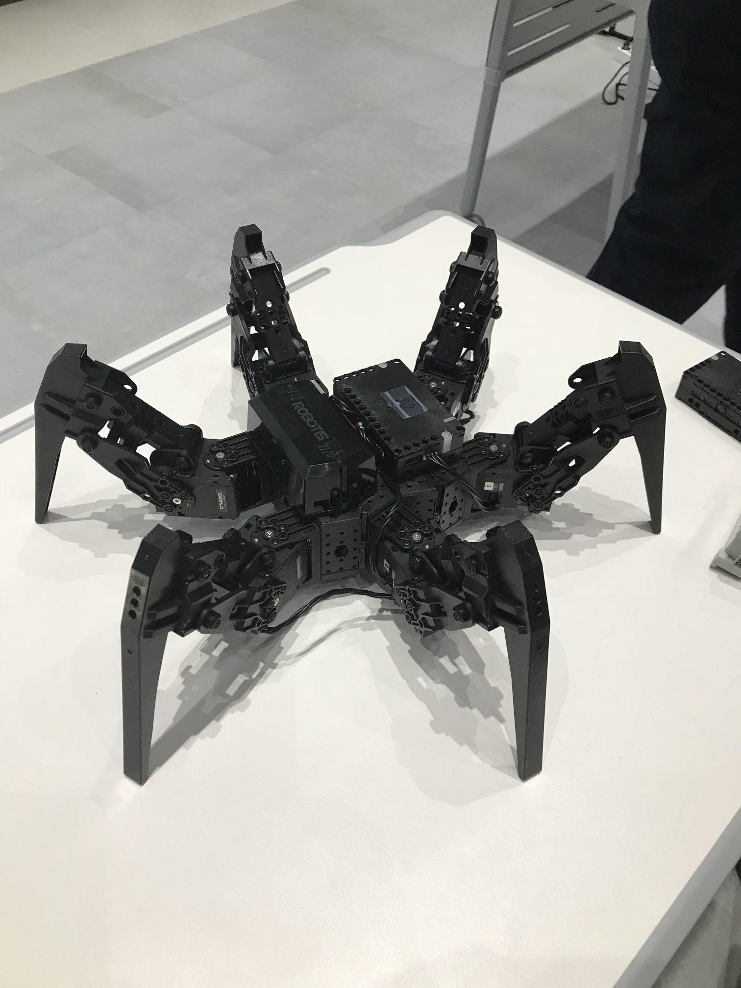 Robotis-MAX Spoon Hexapod – Tribotix
